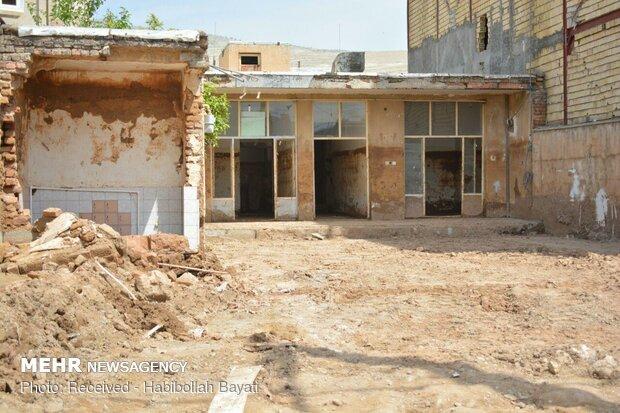 همکاری ستاد اجرایی فرمان امام (ره) در بازسازی منازل سیلزدگان